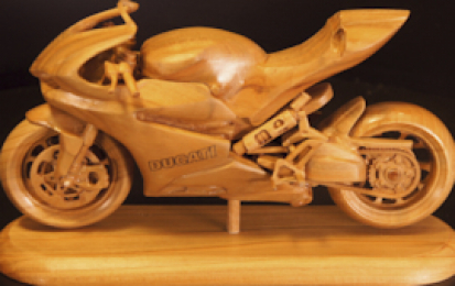 DUCATI PANIGALE R WOOD SCALE MODEL