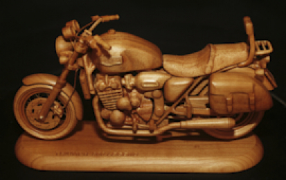 TRIUMPH 900 LEGEND WOOD SCALE MODEL